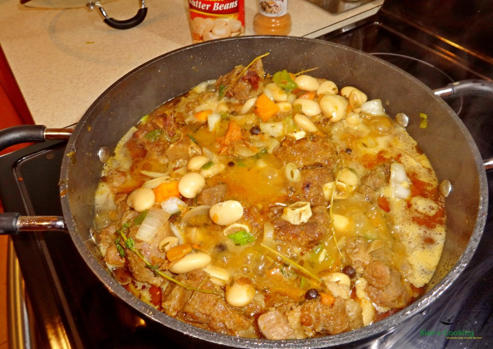 Cooking braised oxtail