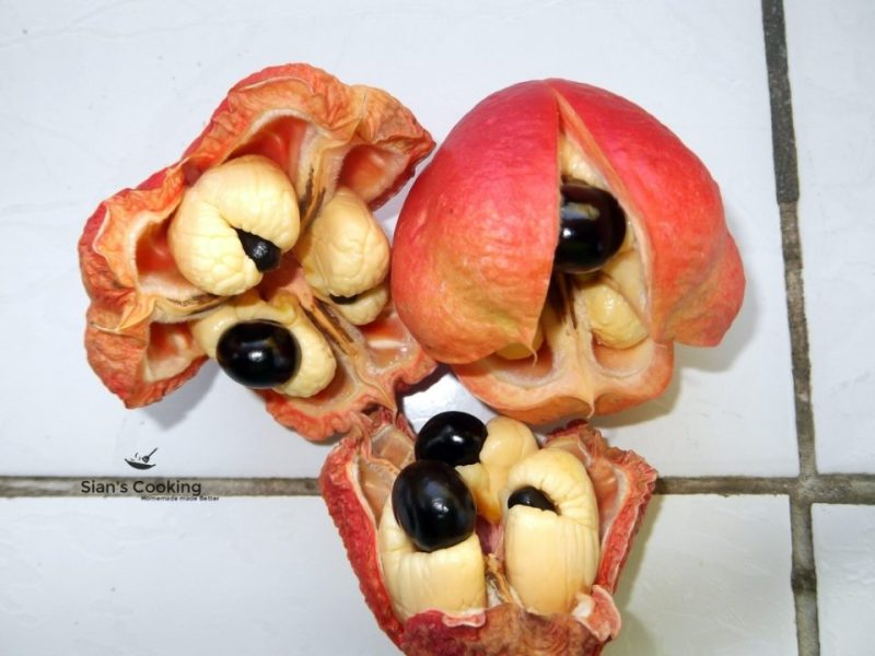 uncooked ackee in the pod