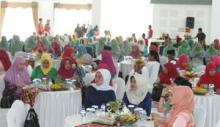 Jalin Silaturrahmi, Istri Pejabat Daerah se-Sumbar Ngumpul di Batusangkar