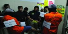 Polres Bukittinggi Gelar Rekonstruksi Penganiyaan di Plaza Ramayana Pasar Atas Bukittinggi