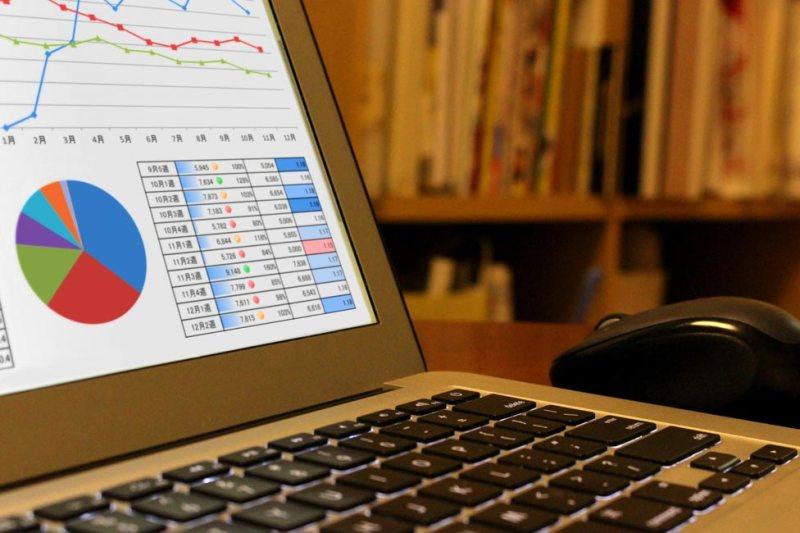アクセス解析で早く使える情報を見つける方法