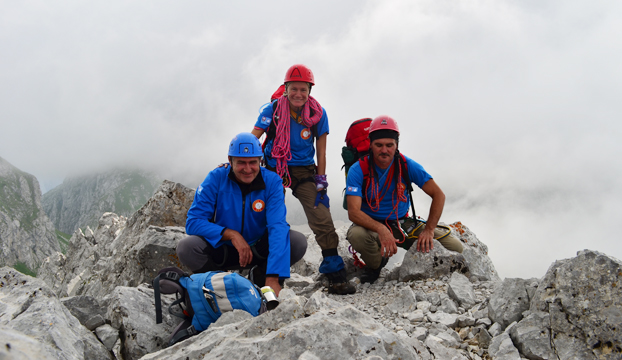 Na vrhu Maja Njeri krit 2185m - SPV Šibenik i SPV Zadar - Robert Pejić,Tatjana Bračanov i Joso Gracin