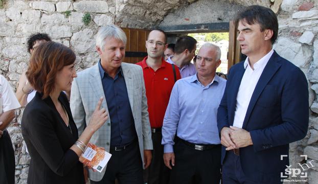 tvrdava ministar grcic7