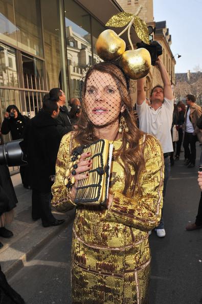 Anna+dello+Russo+Christian+Dior+Arrivals+Paris+-y79yu3qsGfl