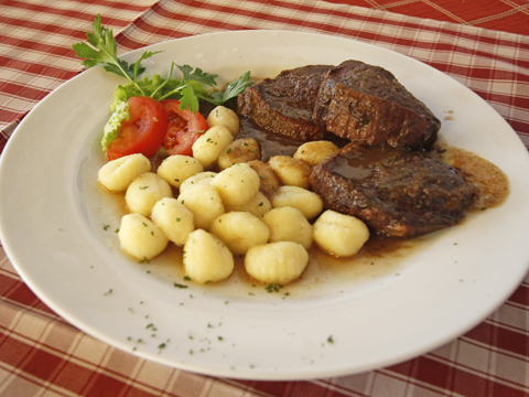 restoran broscica tisno 3