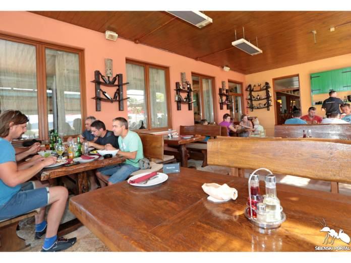 restoran krka skradinski most 8