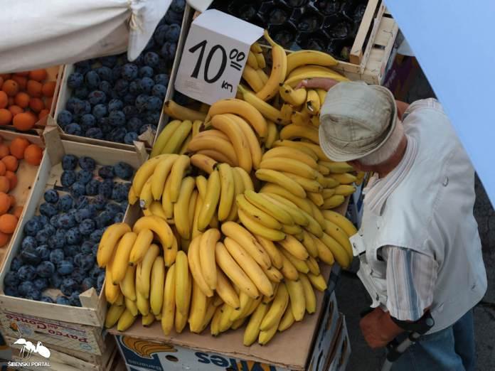spica banane 1 210815