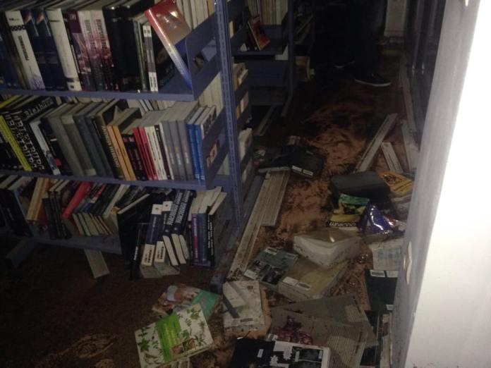 knjiznica poplava 7