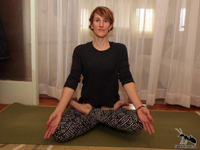 yoga naslovna