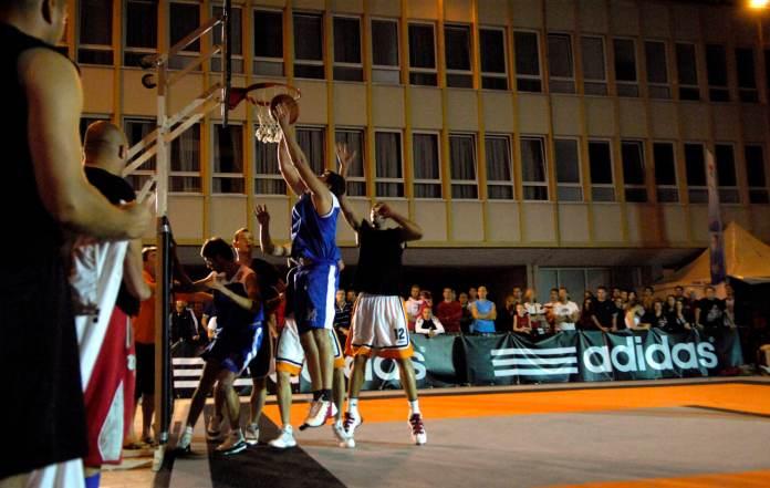 basket 09