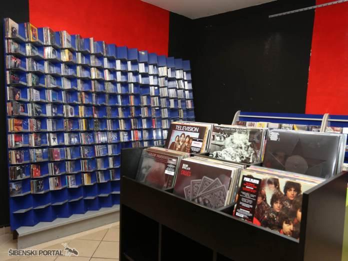 cd shop 230616 10