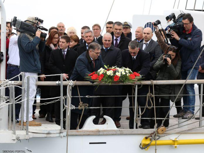 butkovic-na-jedrenjaku-kraljica-mora-061216-10