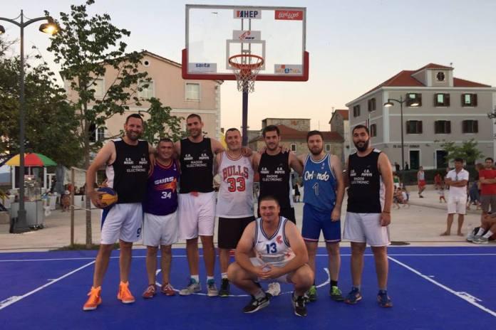 basket drnis 3