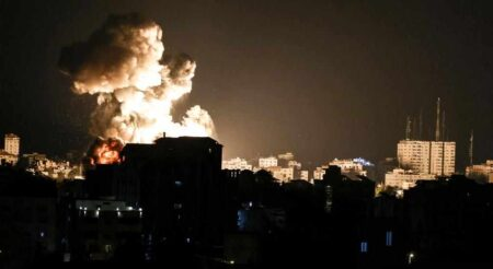İsrail Hamas'a ait iki siber hedefi vurduğunu iddia