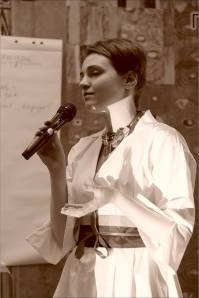 Янина Болдырева. Открытая дискуссия: «Судьба новаторского искусства в Новосибирске». Фото Александра Симушкина