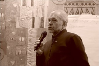 Константин Скотников. Открытая дискуссия: «Судьба новаторского искусства в Новосибирске». Фото Александра Симушкина