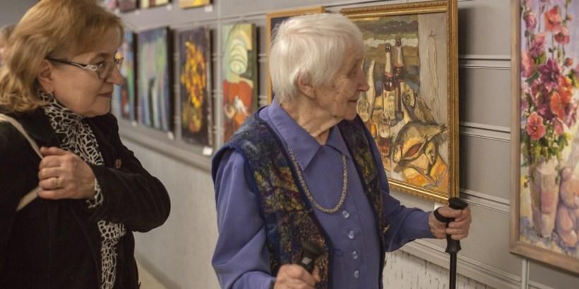 Рождественская выставка художников Академгородка. Фото Ольги Левыкиной