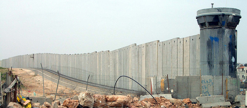 2075537041_101434c95c_palestine-wall
