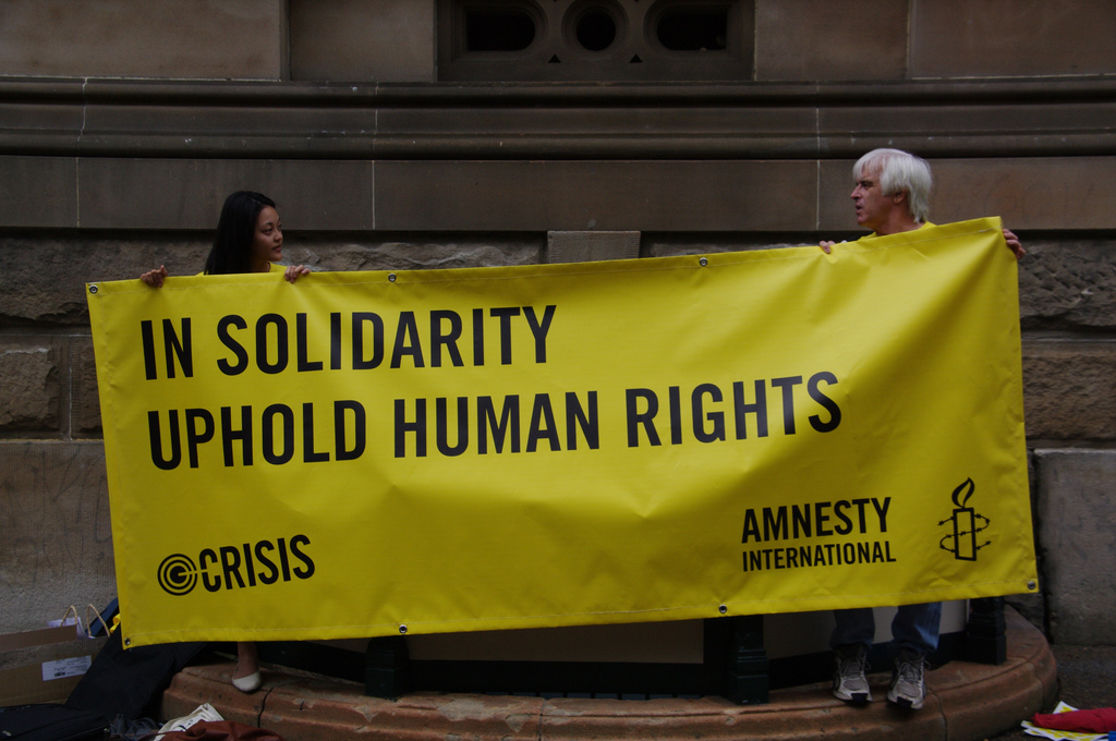 5437953172_4492bd60f6_b_amnesty-international