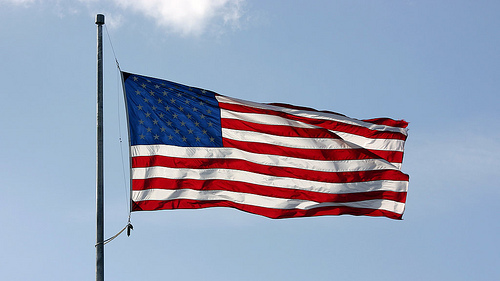 6267770979_f5a51dbe5f_us-flagge