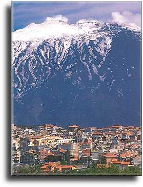 Bronte am Etna Ätna Sizilien Urlaub