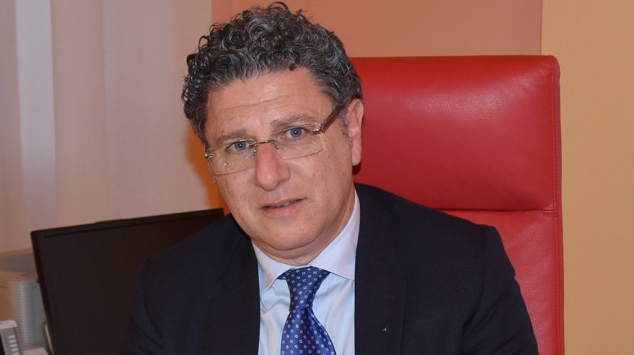 Siracusa, petizione contro il dg dell'Asp Lucio Ficarra che minaccia azioni  legali - L'Opinione della Sicilia