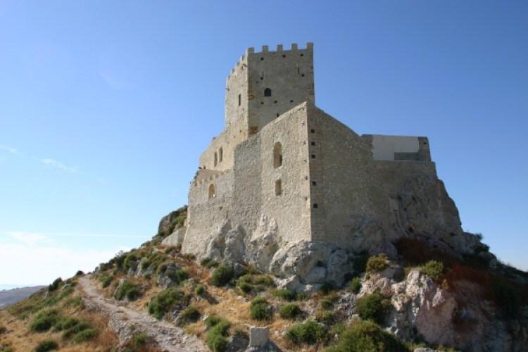castello-di-palma-di-montechiaro