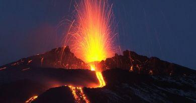 """#Catania. L'Etna si risveglia: è allerta """"gialla"""""""