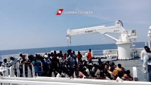 nave Diciotti_Guardia Costiera migranti (2)