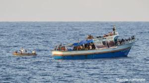 Le 11 septembre 2015, le PHM Commandant Bouan a, sous la coordination du centre de secours maritime (MRCC) de Malte, procŽdŽ au sauvetage de 140 migrants ˆ environ 140 kilomtres au sud-est des c™tes italiennes. La Marine Nationale contribue ˆ la lutte de lÕUnion EuropŽenne contre les flux migratoires clandestins en MŽditerranŽe : le patrouilleur de haute mer (PHM) COMMANDANT BOUAN est engagŽ depuis le 31 aožt 2015 dans l'opŽration TRITON coordonnŽe<div class=