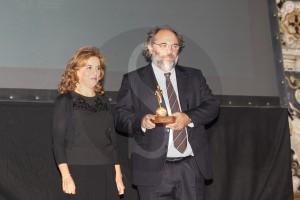 Il produttore Angelo Barbagallo con il direttore di Banca Sant'Angelo Ines Curella foto di Pietro Coccia