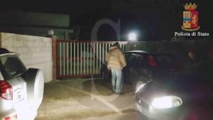 Polizia Ragusa casa pozzallo con logo