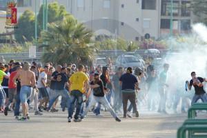 Scontri durante il derby Messina-Reggina