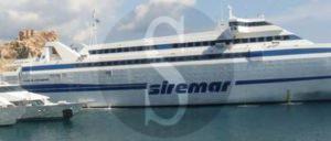 Isola di Stromboli, Siremar, 18-4-2016 , Sicilians