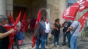 Protesta_FPCGIL_Teatro6.9.2016_Sicilians2