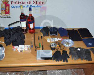 merce_rubata_polizia_sicilians