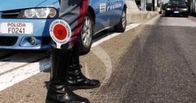 """Tusa, la Polizia Stradale chiude autoscuola abusiva e multa per oltre 11.000 euro il """"titolare"""""""