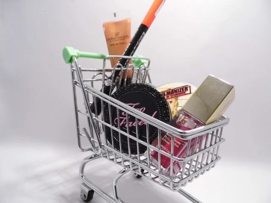 online shopping cart gift-buying