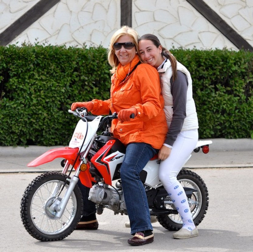 Liliane and her daughter Daniela. (Photo courtesy of Step by Step Foundation)