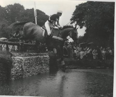 Mason in the cross-country phase aboard his horse, Gladstone, in the European Eventing Championship at Punchestown in 1967. Photo courtesy of Phelps Media Group