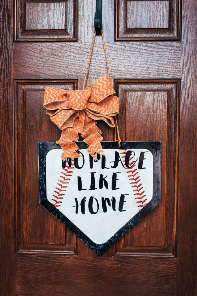 Easy DIY Baseball Wreath