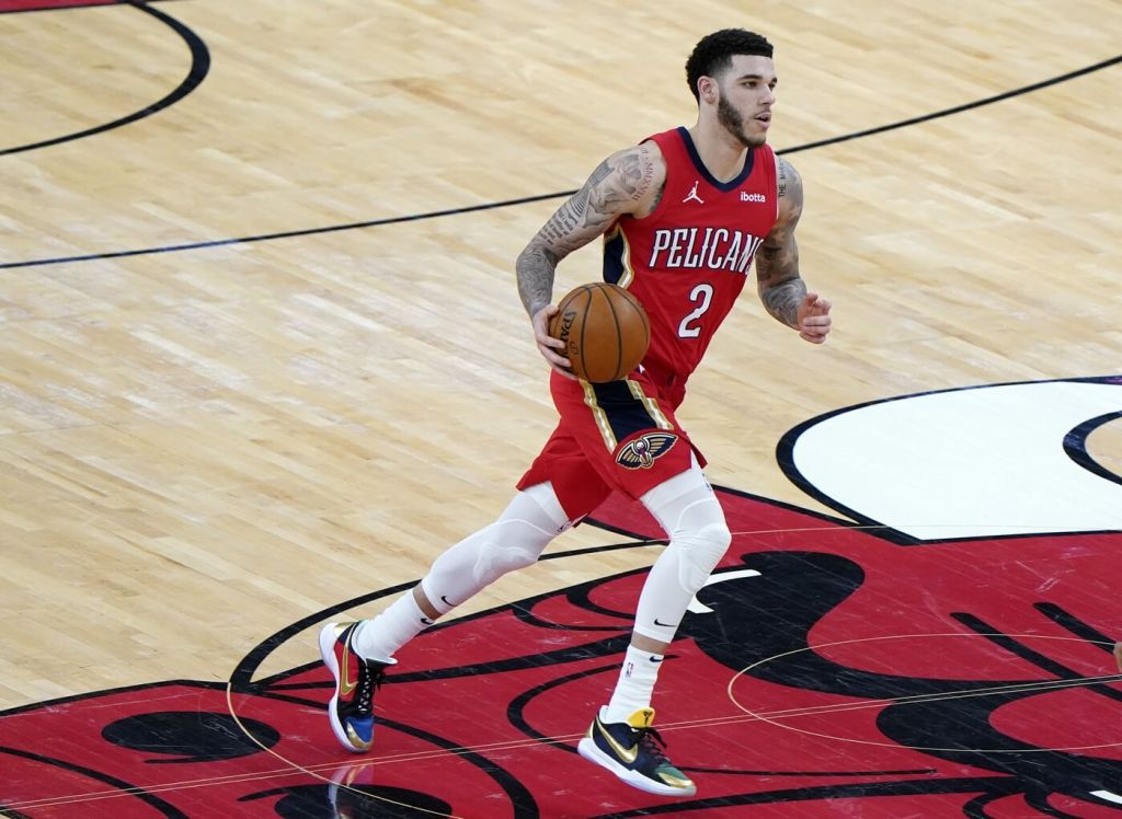 New Orleans Pelicans guard Lonzo Ball (2) dribbles the ball against the Chicago Bulls during the third quarter at the United Center.