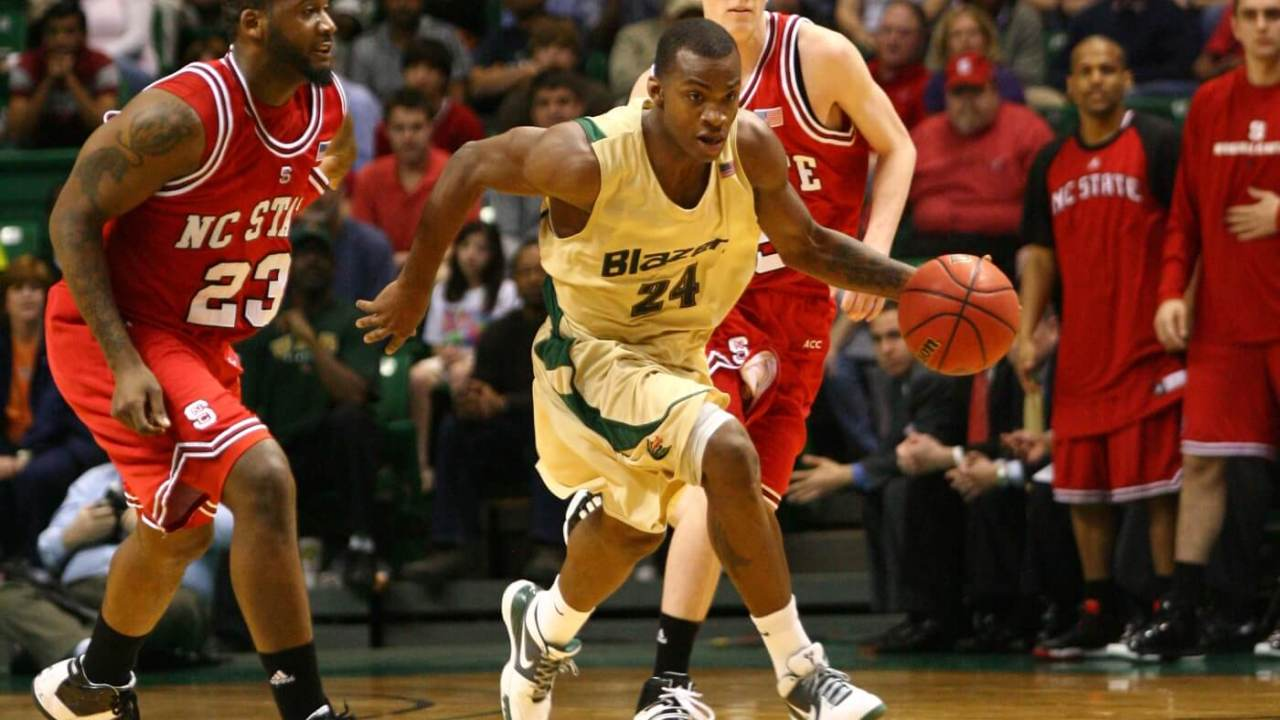 Mar 20, 2010; Birmingham, AL, USA; Alabama Birmingham Blazer guard Elijah Milsap bring the ball down the court against the North Carolina State Wolfpack at Bartow Arena. The Blazers defeated the WolfPack 72-52. Mandatory Credit: Marvin Gentry-USA TODAY Sports