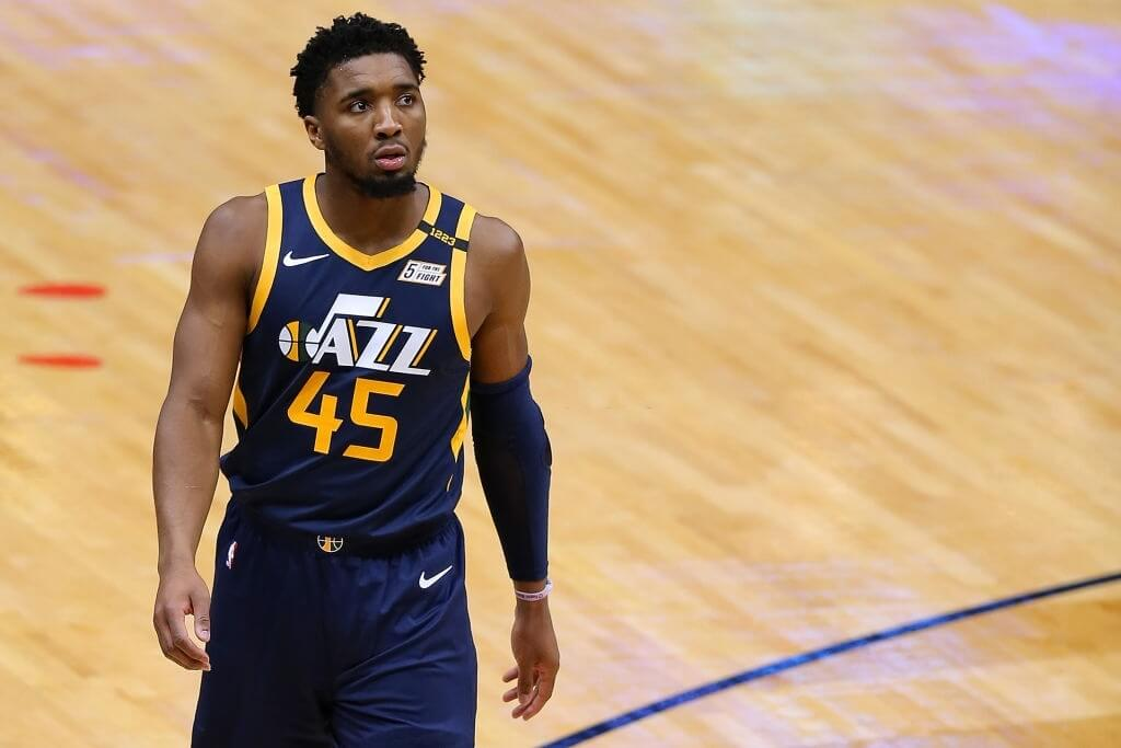 NEW ORLEANS, LOUISIANA - MARCH 01: Donovan Mitchell #45 of the Utah Jazz drives reacts against the New Orleans Pelicans during a game at the Smoothie King Center on March 01, 2021 in New Orleans, Louisiana. (Photo by Jonathan Bachman/Getty Images)