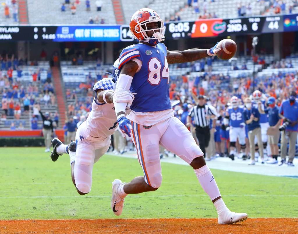 Nov 28, 2020; Gainesville, FL, USA; Florida Gators tight end Kyle Pitts (84) scores a touchdown during a football game against the Kentucky Wildcats at Ben Hill Griffin Stadium in Gainesville, Fla. Nov. 28, 2020. Mandatory Credit: Brad McClenny-USA TODAY NETWORK