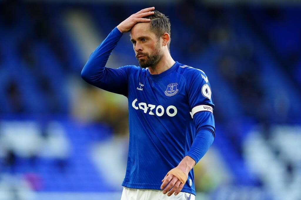 LIVERPOOL, ENGLAND - MAY 19: Gylfi Sigurdsson of Everton reacts during the Premier League match between Everton and Wolverhampton Wanderers at Goodison Park on May 19, 2021 in Liverpool, England. AA limited number of fans will be allowed into Premier League stadiums as Coronavirus restrictions begin to ease in the UK.