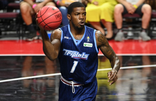 LAS VEGAS, NEVADA - AUGUST 21: Joe Johnson #1 of Triplets looks to pass against Tri-State during a BIG3 game in Week Eight at the Orleans Arena on August 21, 2021 in Las Vegas, Nevada. (Photo by David Becker/Getty Images for BIG3)