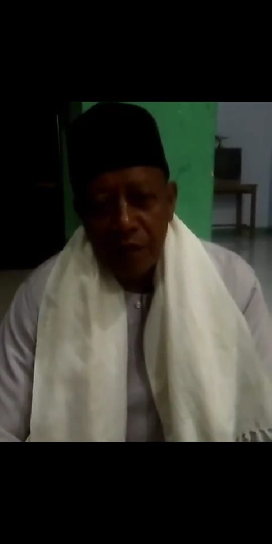 Pimpinan Pondok Pesantren Nurul Falah Pandeglang Menolak Seruan People Power