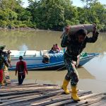 Material TNI Manunggal Membangun Desa Tiba di Kampung Kombay Papua