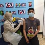 Di Hari Ke 8, Biddokkes Polda Banten Telah Melakukan Vaksinasi Sebanyak 143 Personel